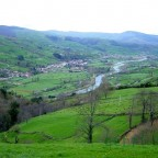 Vista del Rio Pas, de fondo Alceda y Ontaneda