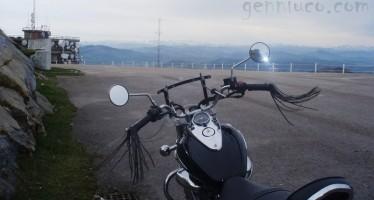 Subida en moto a Peña Cabarga