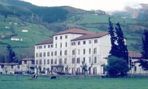 Antiguo hotel del balneario de Alceda
