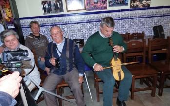 El aperitivo en el bar La Chirigota